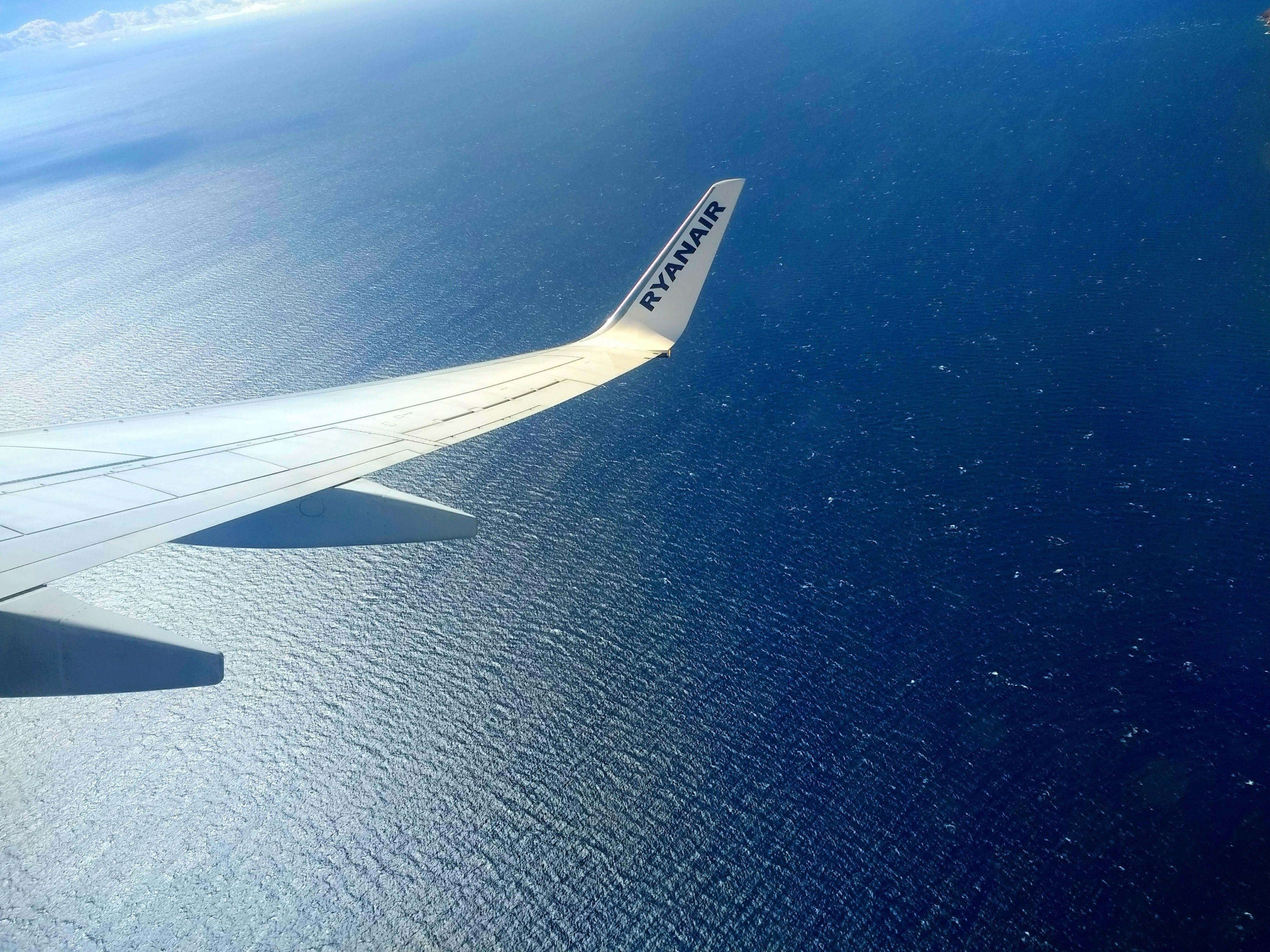 air-travel-aircraft-aircraft-wing-731281-min